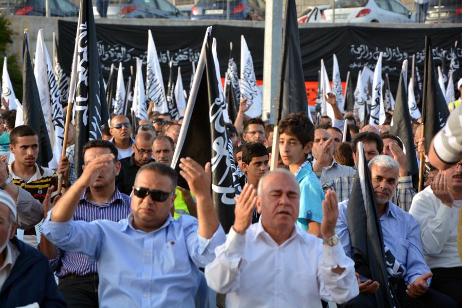 http://www.hizb-ut-tahrir.info/ar/media/k2/galleries/36910/4.jpg