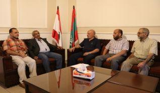 في متابعة لقضية مخيم عين الحلوة  وفد من حزب التحرير/ ولاية لبنان يزور النائب السابق الدكتور أسامة سعد