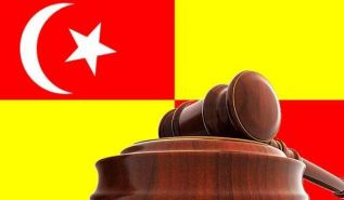 السلطات الدّينية في سيلانجور لم تكتف بالتشهير  بل قامت باتهام الناطق الرسمي وثلاثة أعضاء آخرين من حزب التحرير