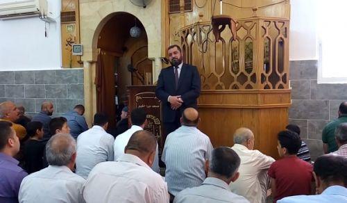 """فلسطين: كلمة مسجد """"وأي سفه وأي ظلم أعظم من إهدار أموال الأمة تحت أقدام العلج الأمريكي؟!"""""""