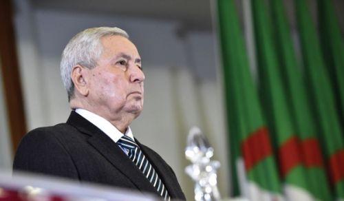 جريدة الراية: الزمرة النافذة في الجزائر توظف الحراكَ لتثبيت نفسها في الحكم