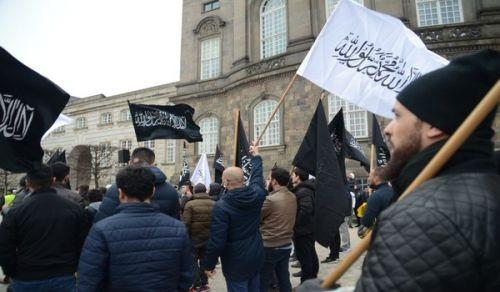 اسكندينافيا: وقفة أمام مجلس النواب الدنماركي تنديداً بمذبحتي نيوزيلندا