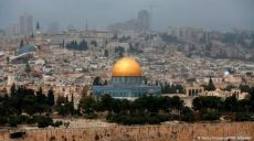 صحفي يفضح التحيز ضد الإسلام تجاه فلسطين