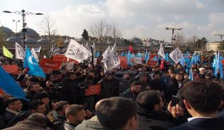 Wilayah Turkey Pickets:  Support East Turkistan ... Do not stand silent in the face of China's injustice!