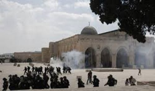 An Appeal ...  An Appeal ... An Appeal ... to the Armies in the Muslim Countries Is There Not a Righteous Man Amongst You Who Will Roar with His Weapons in Support of Palestine's Al-Aqsa and Womenfolk?