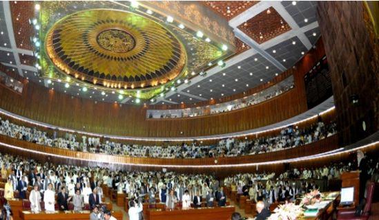 Presseverlautbarung Der Kampf zwischen dem Obersten Gerichtshof und den gewählten Volksvertretern: Nur die Gesetzgebung Allahs, des Erhabenen, ist vollkommen. Sie ist den menschengemachten Gesetzen überlegen und muss zur alleinigen Grundlage unserer