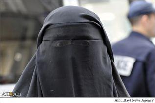 زمامداران قرغیزی علیه حجاب زنان مسلمان اند!