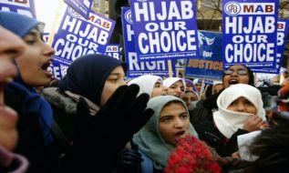 لیبرالیزم مذهبی یا حمایت از دیکتاتوری در مکاتب